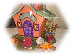 Fabric Room: Getting ready for halloween. Get Ready, Halloween, Gingerbread, Felt, House, Room, Bruges, Bedroom, Felting