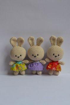 Mesmerizing Crochet an Amigurumi Rabbit Ideas. Lovely Crochet an Amigurumi Rabbit Ideas. Easter Crochet, Crochet Bunny, Love Crochet, Diy Crochet, Crochet Crafts, Crochet Dolls, Yarn Crafts, Crochet Projects, Kawaii Crochet