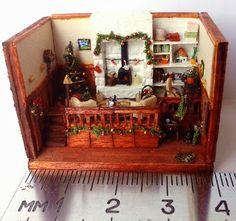 Mini Baby Steps: 1st Xmas roombox