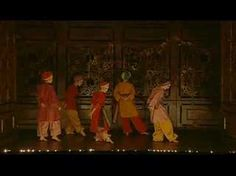 Le Bourgeois Gentilhomme (Martin Fraudreau, 2005). example of a dance sequence