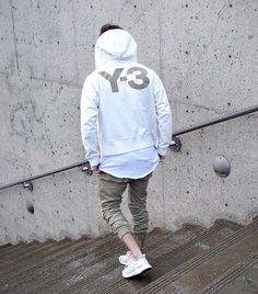 Relaxed Urban Wear