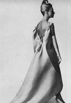 1965 - Balenciaga Evening dress