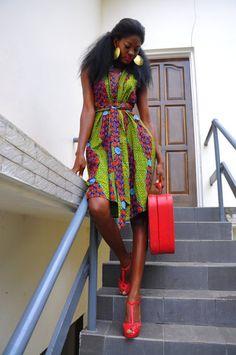 african-print-red-suitcase.jpg 465×700 pixels