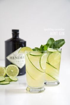 sparkling cucumber mint gin: lime juice + gin + mint syrup + sparkling water + cucumber