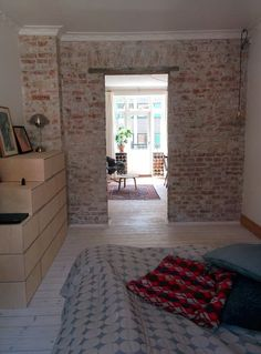 Lejlighed i København, Danmark. A cosy apartment for 2-3 people. With a balcony, private kitchen and bath facilities. Close to the center of Copenhagen, shopping and restaurants.  Close to the Central Station and the Inner Harbour (where you can swim). Subway only 7 min. away  W...