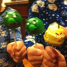 Angry bird cake pops...what could be better
