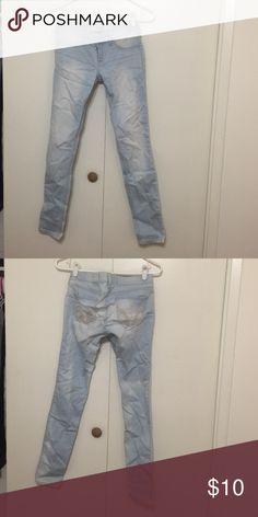 Light wash denim skinny jeans Great fitting skinny jeans Hollister Jeans Skinny
