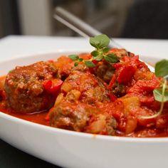Aioli, Tandoori Chicken, Tapas, Pasta, Ethnic Recipes, Food, Red Peppers, Essen, Meals
