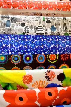 Marimekko Flatiron Crosses the Finnish Line - Racked NY Textiles, Textile Prints, Textile Patterns, Textile Design, Flower Patterns, Print Patterns, Shape Design, Pattern Design, Marimekko Fabric