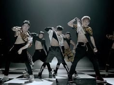 Hip Hop and its complications in BTS' 'American Hustle Life' - See more at: http://www.criticalkpop.com/2014/08/hip-hop-and-its-complications-in-bts.html#sthash.ROJTiOLh.dpuf