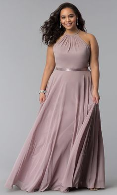 Shop long plus-size prom dresses at PromGirl. Formal chiffon evening dresses in plus sizes and floor-length plus prom dresses with gathered high necklines and attached ribbon belts. Plus Prom Dresses, Plus Size Long Dresses, Plus Size Wedding Guest Dresses, Dresses Elegant, Plus Size Cocktail Dresses, Chiffon Evening Dresses, Gala Dresses, Nice Dresses, Chiffon Dress