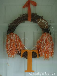 Vols Wreath   Even though this one is for Tennessee, one could be make for Texas, @Julie Cowles