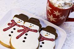 Starbucks snowman cookies!!! Love love love them :) https://www.youtube.com/watch?v=WbxFJOZ5IMA