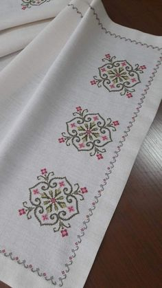 Hand Embroidery For Beginners Hand Embroidery For Beginners Embroidery Designs Aari Embroidery Machine For Beginners Cross Stitch Borders, Cross Stitch Flowers, Cross Stitch Designs, Cross Stitching, Cross Stitch Embroidery, Embroidery Patterns, Hand Embroidery, Cross Stitch Patterns, Knitting Patterns