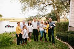What to wear for Fall family photos | Kate+Brandon Photography | Jacksonville Family Photography www.kateplusbrandon.com #whattowear #fallfamilyphotos #kateplusbrandonphotography