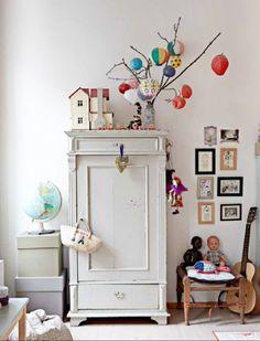 vintage kidsroom barnrum