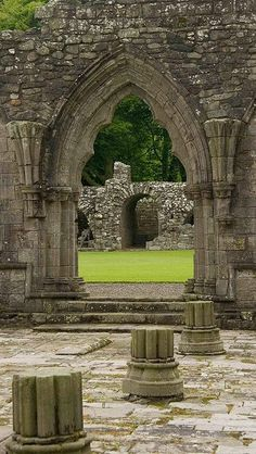 This is is a ruin of a chapter house in Scotland. A chapter house is a room in which meetings were held and discipline was enforced. This was a characteristic of Medieval society. Beautiful Ruins, Beautiful Buildings, Beautiful Places, Abandoned Buildings, Abandoned Places, Places To Travel, Places To See, Destinations, England And Scotland