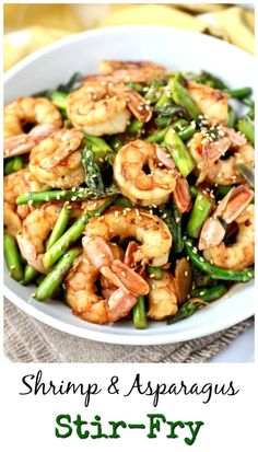 This shrimp and asparagus stir-fry, with a pound of fresh asparagus and seasoned shrimp, is a tasty and quick way to get a nutritious dinner on the table. Fish Recipes, Seafood Recipes, Asian Recipes, New Recipes, Dinner Recipes, Cooking Recipes, Healthy Recipes, Simple Recipes, Chicken Recipes