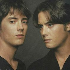 Jeremy London is listed (or ranked) 8 on the list 20 Pictures of Celebrities Who Have Identical Twins Celebrity Twins, Celebrity List, Celebrity Pictures, Jeremy London, Famous Twins, Baby Club, Identical Twins, Married Woman, Christian Grey