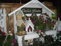 "potting bench    -   I built this ""Birdhouse Potting Bench"" for my yard so I could display some of my favorite birdhouses I have built"
