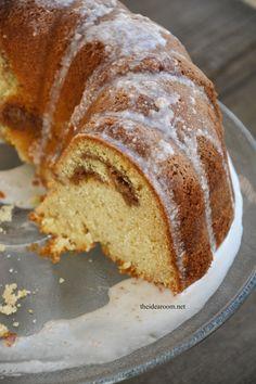 Cinnamon Streusel Bundt Cake 1