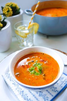 chicken and curry Tasty, Yummy Food, Recipe Boards, Sugar And Spice, Thai Red Curry, Clean Eating, Spices, Food And Drink, Favorite Recipes
