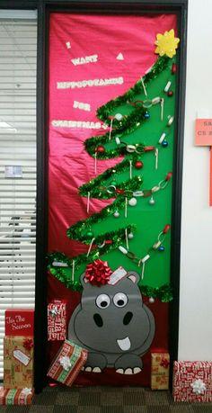 Door Decoration For Christmas School Nurse Stuff Navidad Puerta Christmas Door Decorating Contest, School Door Decorations, Office Christmas Decorations, Christmas Holidays, Class Decoration, Theme Noel, Christmas Crafts, Grinch, Preschool Door