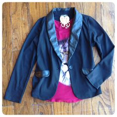 Fleather detailed blazer and graphic tee