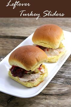 Leftover Turkey Sliders Transform your #Thanksgiving #leftovers into these quick and easy baked #turkey #sliders #sandwich