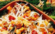 Hatay'ın yayla mevsimi geldiğinde yörüklerin sofralarında tutan lezzet yörük kebabı. Yörük Kebabını yemek için yörük olmak gerekmiyor.