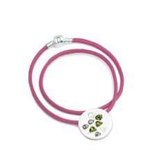 Ever imagined what it feels like to walk down a boulevard in the City of Love and Light? With the stunning Paris Silver Charm Leather Necklace Pink Romance, now you can. Inspired by the Capital of Fashion, this necklace is a reflection of elegance and sophistication, mixing elements of luxury, delicacy and romance into one