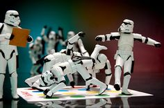 storm troopers doing twister- why? instructions written by a storm trooper on how to play twister Lego Do Star Wars, Star Trek, Minions, Twister, Happy Star Wars Day, Picture Writing Prompts, Foto Art, Marvel, Funny Humor