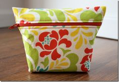 How to - Sewing Cosmetic Bag with Fat Quarters