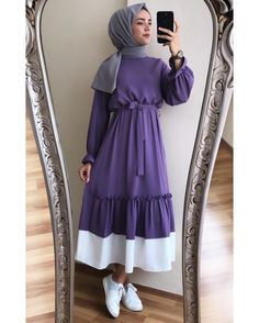 Fashion Dresses Party Rocks Source by salmayousief outfits hijab Modest Fashion Hijab, Modern Hijab Fashion, Casual Hijab Outfit, Hijab Fashion Inspiration, Abaya Fashion, Muslim Fashion, Fashion Dresses, Fashion 2020, Fashion Models