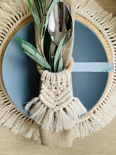 Macrame Wall Hanging Patterns, Cozy Meals, Deco Floral, Floral Design, Macrame Projects, Wood Rings, Macrame Knots, Boho Decor, Plant Hanger