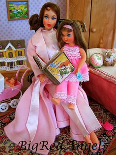 Barbie & her little sister Tutti