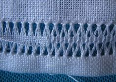Tricamo e. altro: Italian embroidery - pulled thread - gramma taught me how to do this. Types Of Embroidery, Embroidery Needles, Hand Embroidery Stitches, Embroidery Techniques, Ribbon Embroidery, Cross Stitch Embroidery, Embroidery Patterns, Picot Crochet, Hem Stitch