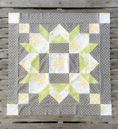 Star Quilts, Easy Quilts, Mini Quilts, Quilt Blocks, Quilting Projects, Quilting Designs, Paper Quilt, Paper Piecing, Barn Quilt Patterns
