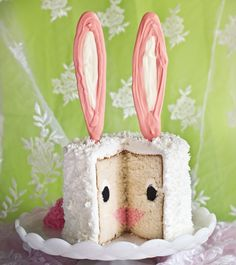 Bunny Cake © imabaker (Dal libro Surprise-Inside Cakes, Harper Collins)