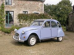 Citroen 2CV popular French car