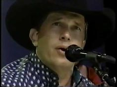 George Strait - Amarillo By Morning - 1996 Houston Rodeo