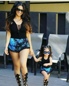 Mom and daughter matching outfits are quite the trend these days. Mother Daughter Matching Outfits, Mother Daughter Fashion, Mommy And Me Outfits, Family Outfits, Girl Outfits, Cute Outfits, Mom Daughter, Daughters, Fashion Kids