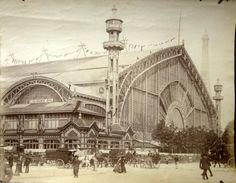 La Galerie des Machines du Champs de Mars, a été construite pour l'Exposition universelle de Paris de 1889, et démolie en 1909