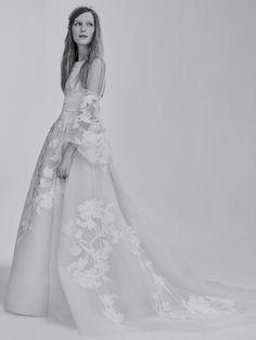 FOR THE DRESS || ELIE SAAB Bridal Spring 2017 || NOVELA BRIDE...where the modern romantics play & plan the most stylish weddings... www.novelabride.com @novelabride #jointheclique