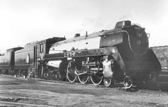 Richard Leonard's Random Steam Photo Collection -- Canadian Pacific 4-6-4 2860