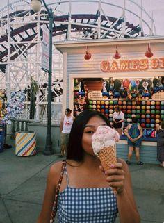 summer fair - New Ideas Street Style Photography, Photography Poses, Photography Composition, Summer Fair, Summer Dream, Shotting Photo, Diy Foto, Poses Photo, Insta Photo Ideas