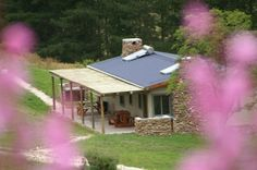 ROMANTIC GETAWAY IDEA: Self catering wine farm cottages on Hermanuspietersfontein farm in Standford. Hot water but no electricity. Farm Cottage, Farm House, Live Life Happy, Little Cottages, Farms Living, Romantic Places, Weekends Away, Luxury Accommodation, Romantic Getaways