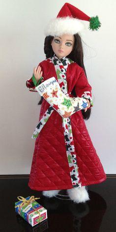 "Ellowyne, OOAK ""I Hope Santa Remembers Me This Year,"" PJ's, Robe, Slippers and Hat SOLD via eBay 12/8/13"