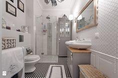 Aranżacje wnętrz - Łazienka: Francuski zakątek ;) - Duża łazienka bez okna, styl glamour - DreamHouse. Przeglądaj, dodawaj i zapisuj najlepsze zdjęcia, pomysły i inspiracje designerskie. W bazie mamy już prawie milion fotografii!