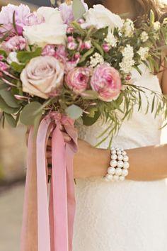 Blush & Gold Romantic Wedding Inspiration - Rustic Wedding Chic